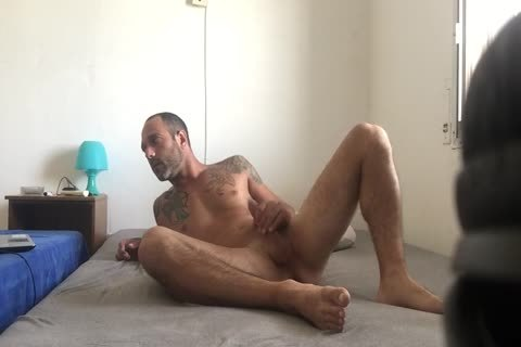 Hidden cam Catches Roommate web camera Model Broadcast Himself nude And Masturbating Showing Feet