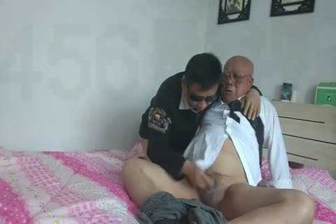 young Chinese Sucks & bonks His daddy man friend