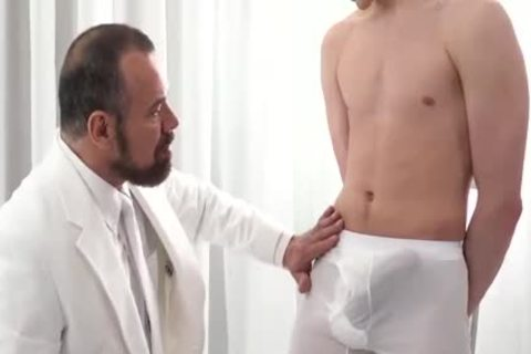 MormonBoyz horny Daddy gets Serviced By A juvenile Missiona