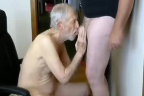 26margate Skinny old grand-dad Is A Skilled cocksmoker dad