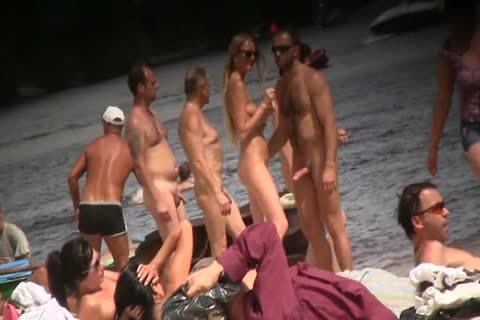 SPYING ON nude males AT THE NUDIST BEACH - VOL 1